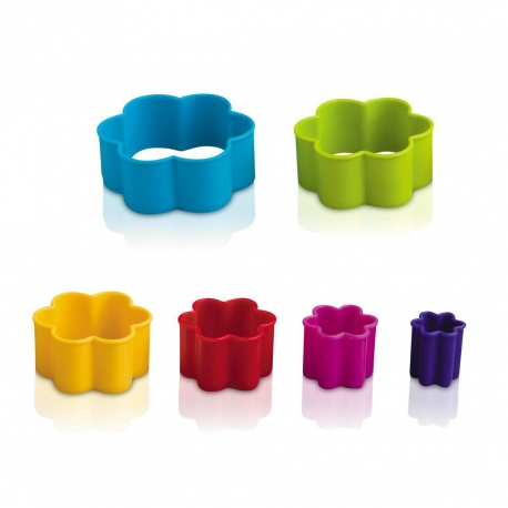 Zeal Multicoloured Flower Pastry Cutters